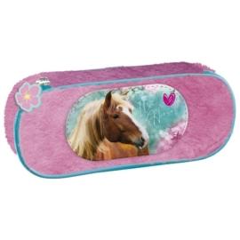 Lovas szőrmés ovális tolltartó - I love horses